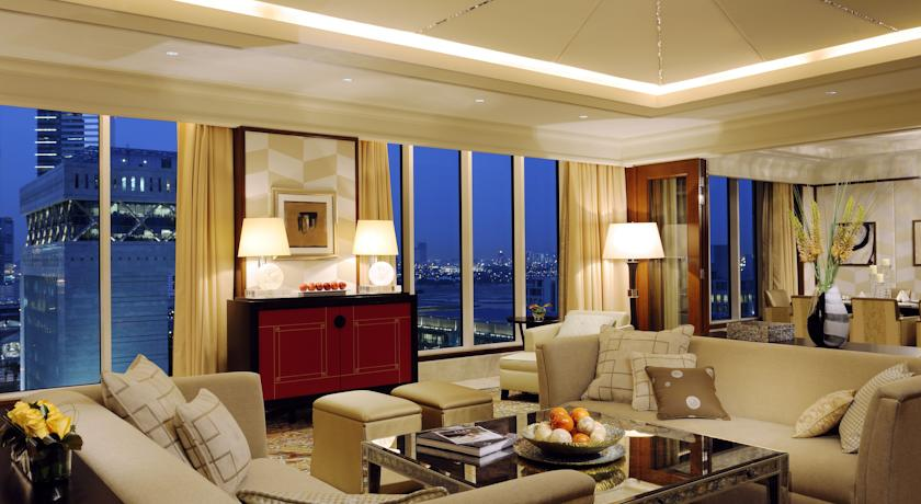 in what ways could the ritz carlton monitor its success in achieving quality Answer to what ways could the ritz-carlton monitor its success in achieving quality why might it cost the ritz-carlton less to do things right the first time.