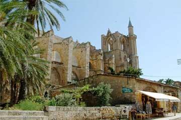Кипр – это зеленый остров купающийся